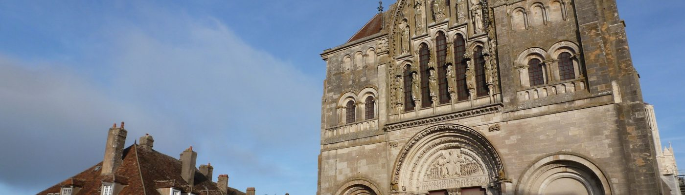Dos de los pueblos más bonitos de Francia y Las Reliquias de María Magdalena